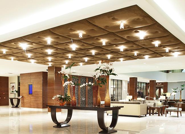 luxury-lobby-hotel-amsterdam