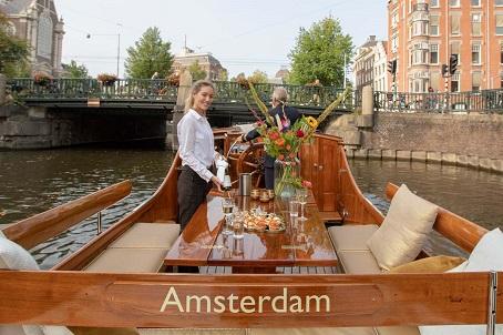 private-dinner-cruise-amsterdam-2